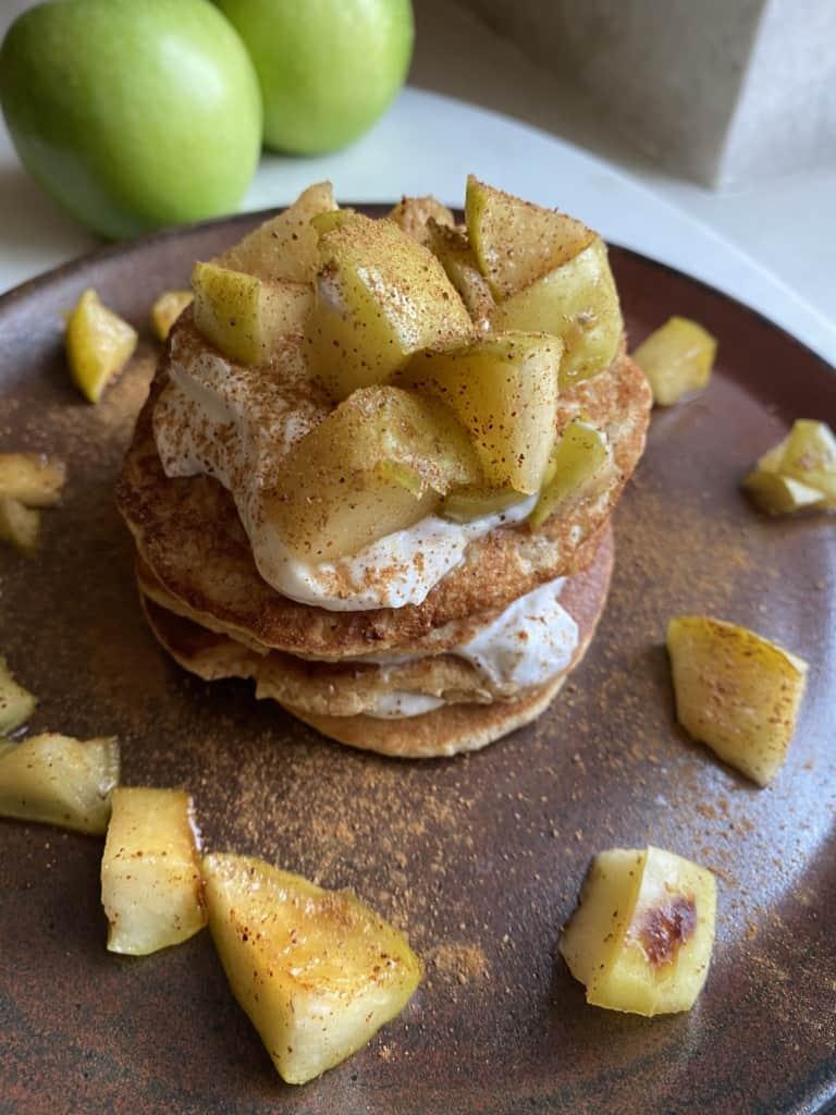 Acacia Honey Apple Pie Pancakes